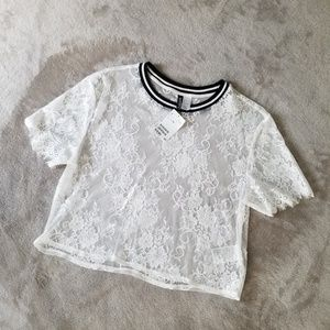 NWT!🌸H&M Crop Top